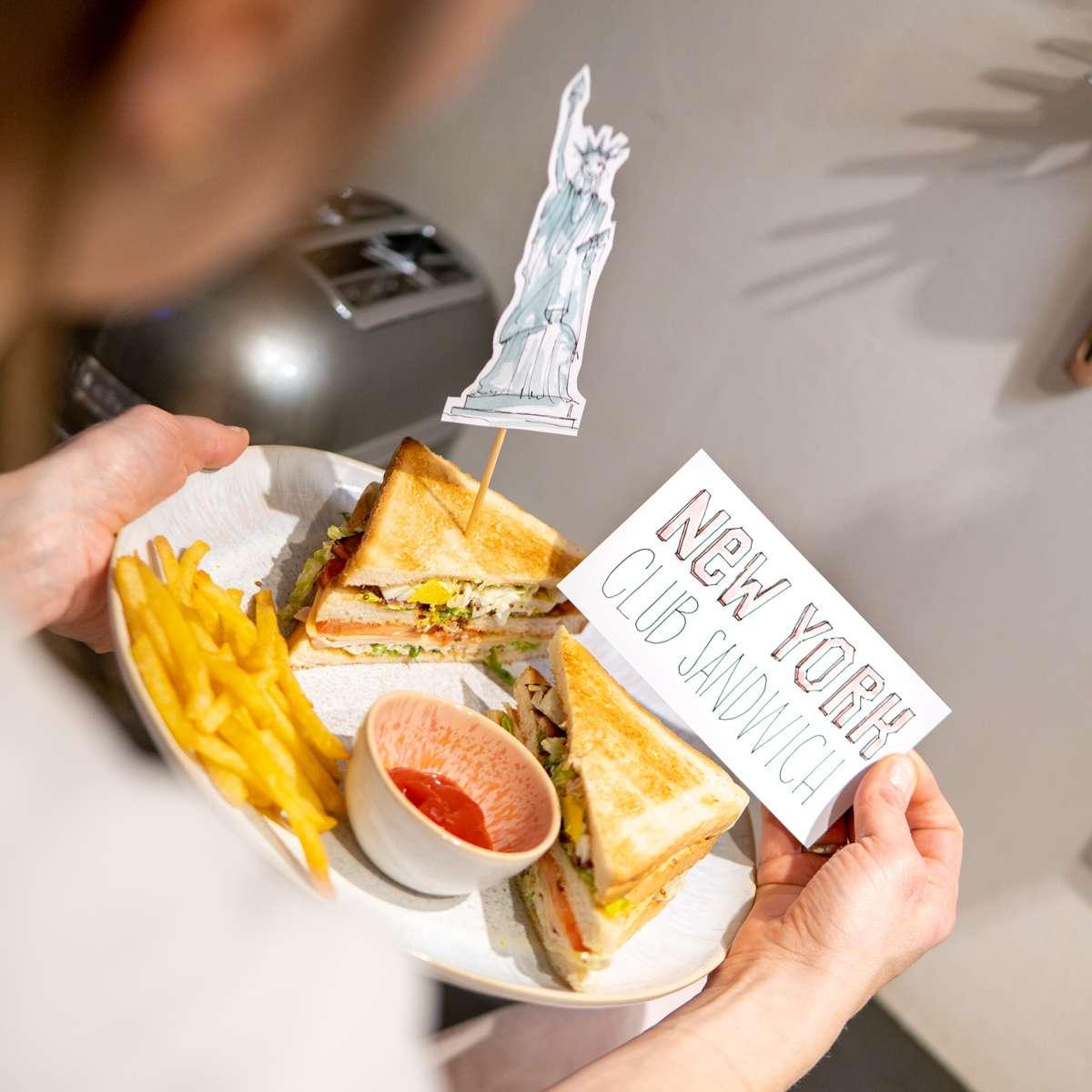 New York Club Sandwich - Illustriert von Nadja König - Freiheitsstatue